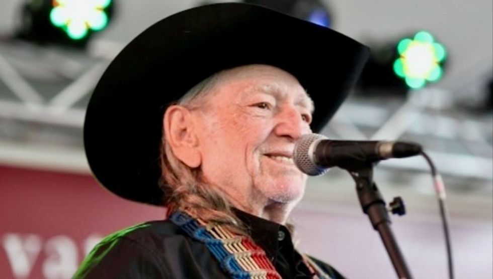 Country icon Willie Nelson cancels tour dates over breathing issues