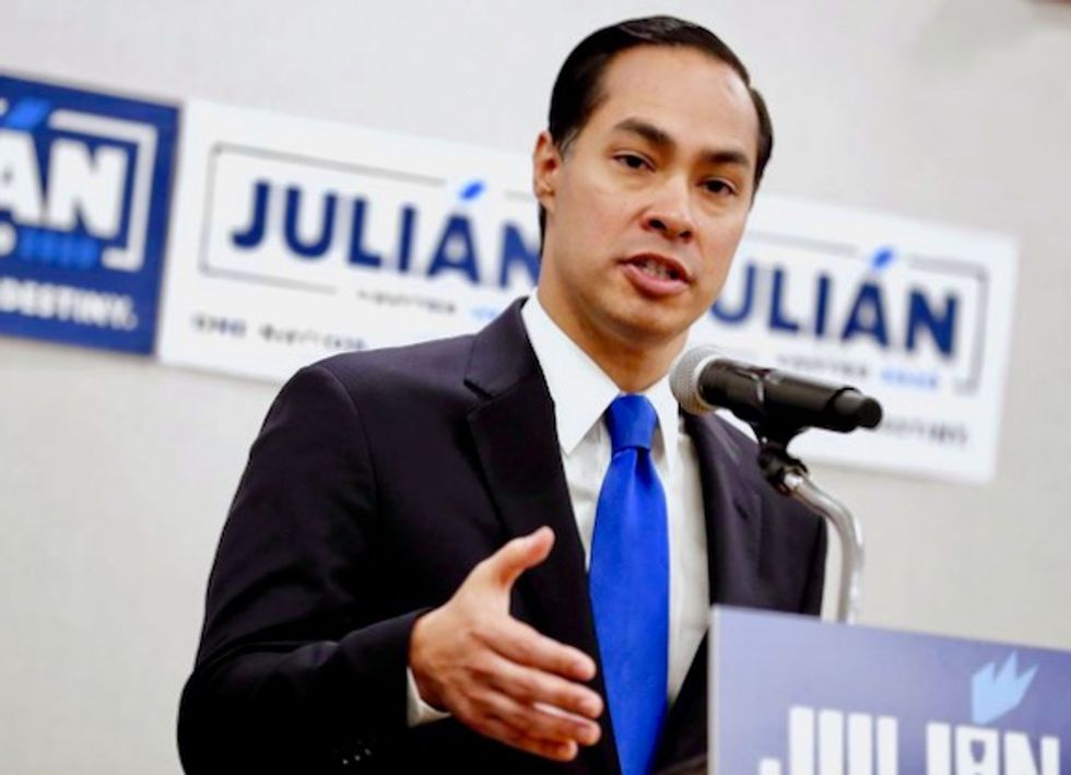 Julián Castro shifted the Democratic conversation about immigration reform. Can it help his bid?