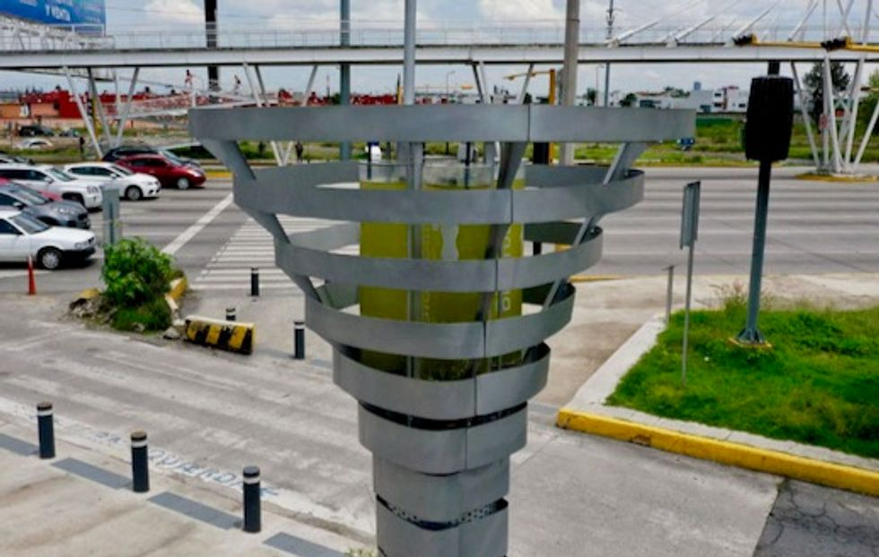 Mexico installs 'robotic trees' to tackle air pollution