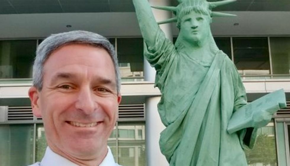 Cropping out 'Immigrants Welcome,' Ken Cuccinelli takes selfie with replica Statue of Liberty before removing it from DHS headquarters