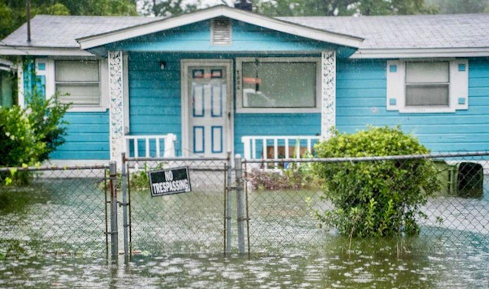 Hurricane Dorian weakens to Category 1, soaking the Carolinas