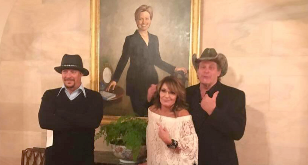 'Keeping an eye on Russia': Internet loses it over pic of Sarah Palin, Ted Nugent and Kid Rock at White House
