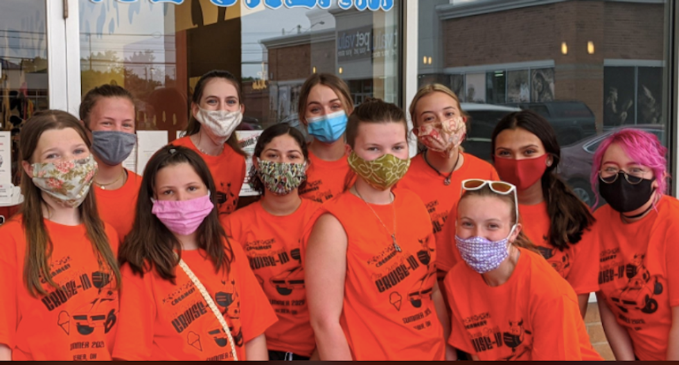 Ohio ice cream shop begs customers to stop berating teenage workers for wearing masks