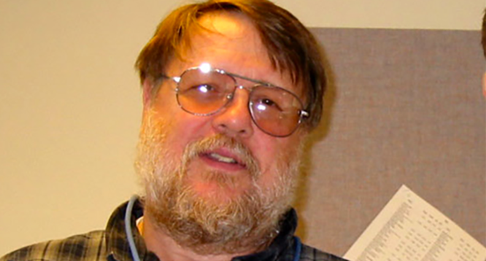 Ray Tomlinson, godfather of @ email, dies at age 74