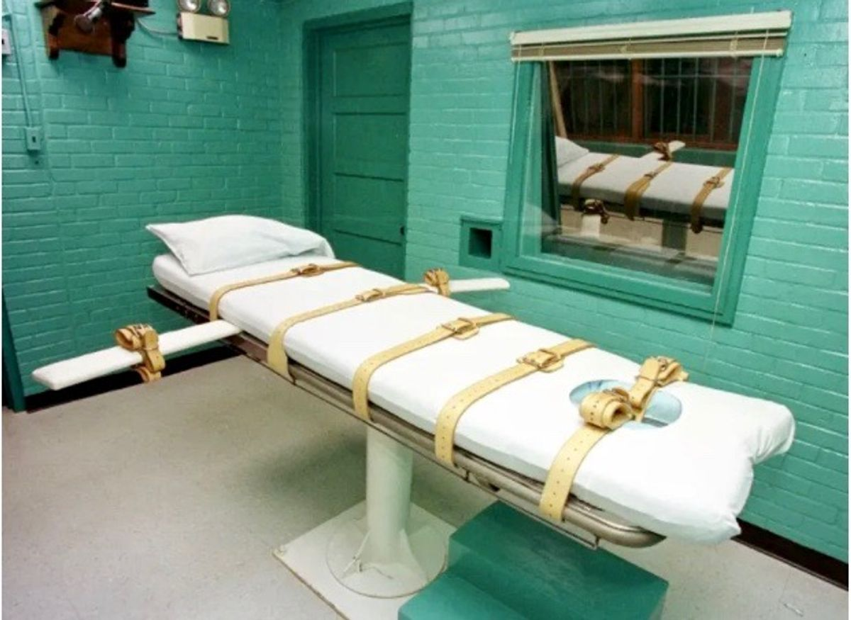 First US federal execution of woman in decades