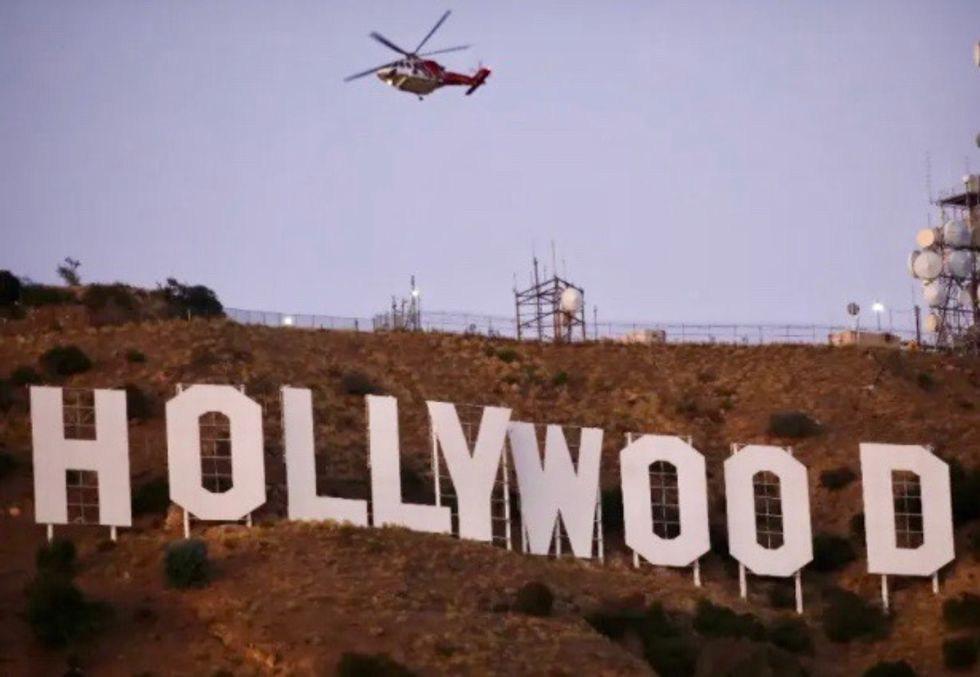 Hollywood 'Con Queen' arrested in Britain: FBI