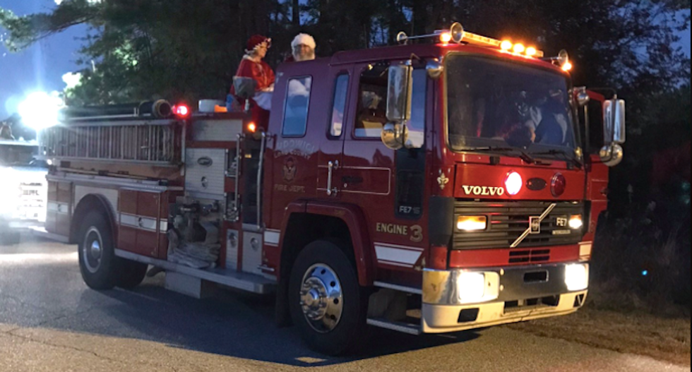 Santa and Mrs. Claus test positive for COVID-19 after posing for photos with dozens of kids