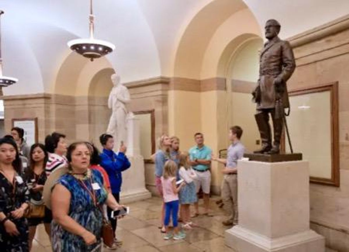 Statue of Confederate general Lee removed from US Capitol
