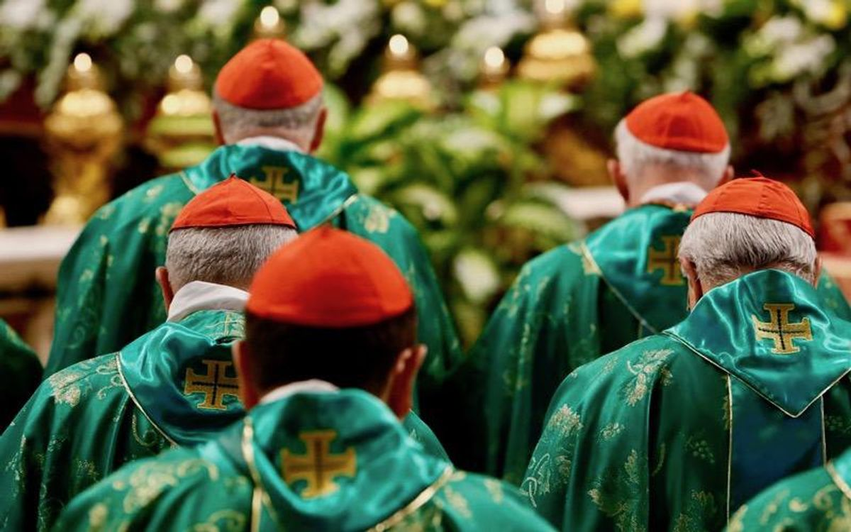 Pope adapts Christmas plans as cardinals test positive for virus