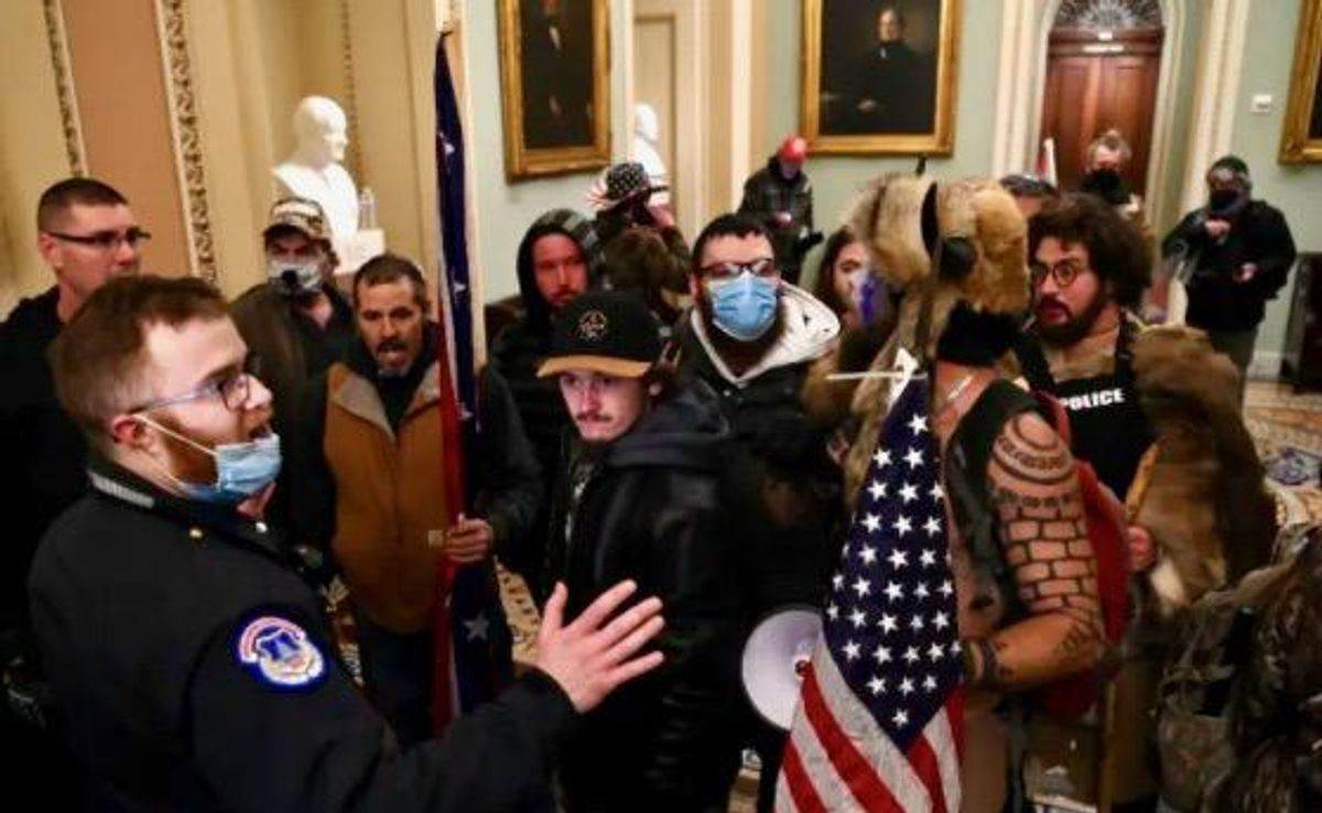 'Blaring siren': Arizona Republicans spooked after party registration drops in wake of Capitol riots
