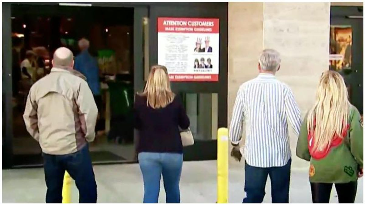 WATCH: Florida supermarket openly defies county's mask mandate as workers and customers go about their business maskless