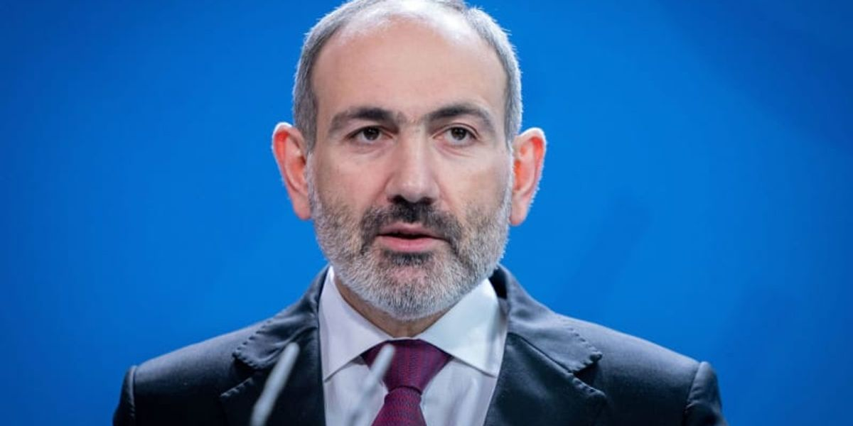 Armenian premier sees coup attempt as military demands resignation