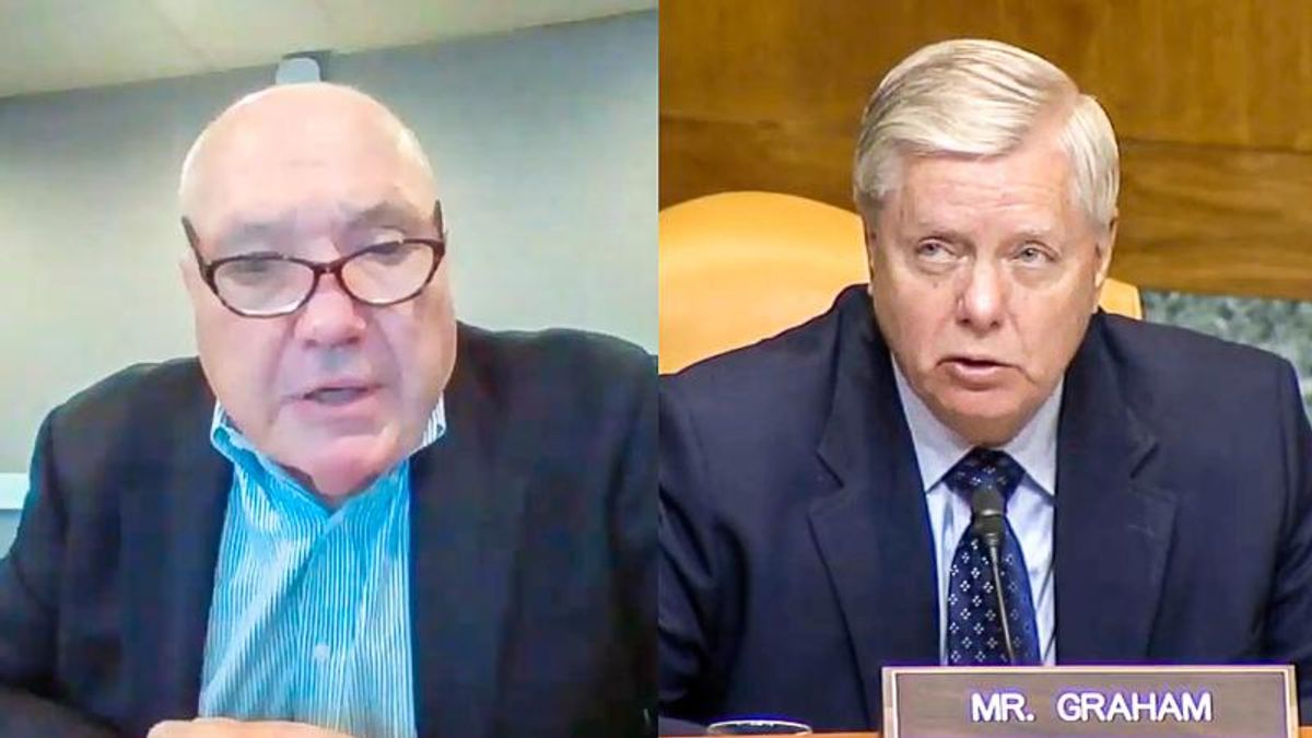 'No, I don't understand': Costco CEO stuns Lindsey Graham during disagreement over minimum wage increase