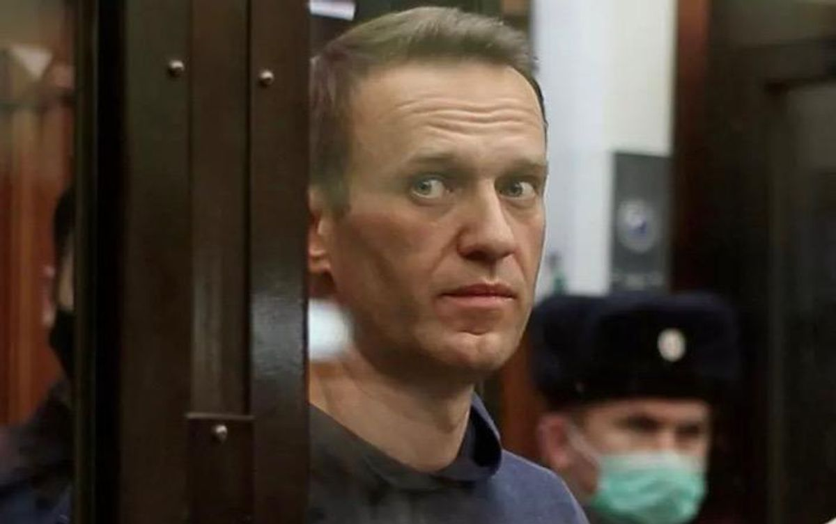 Russia sends Putin opponent Alexei Navalny to penal colony for sentence