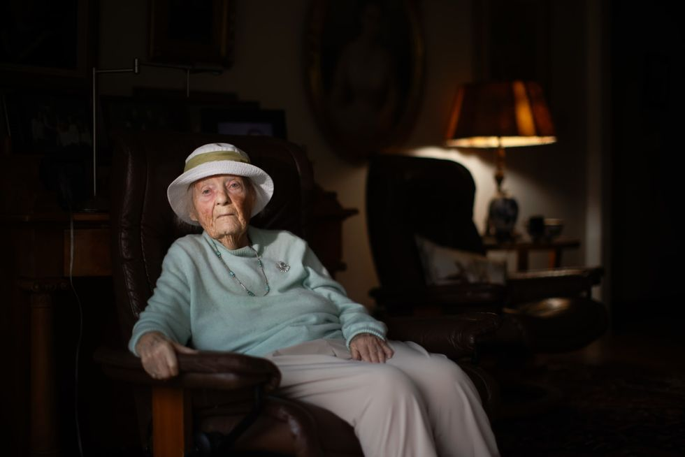 105-year-old Calif. woman who lived through Spanish Flu receives vaccine, warns of difficult times to come