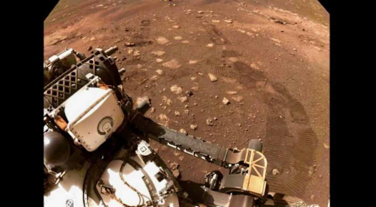 Mars rover Perseverance goes for a 'spin'