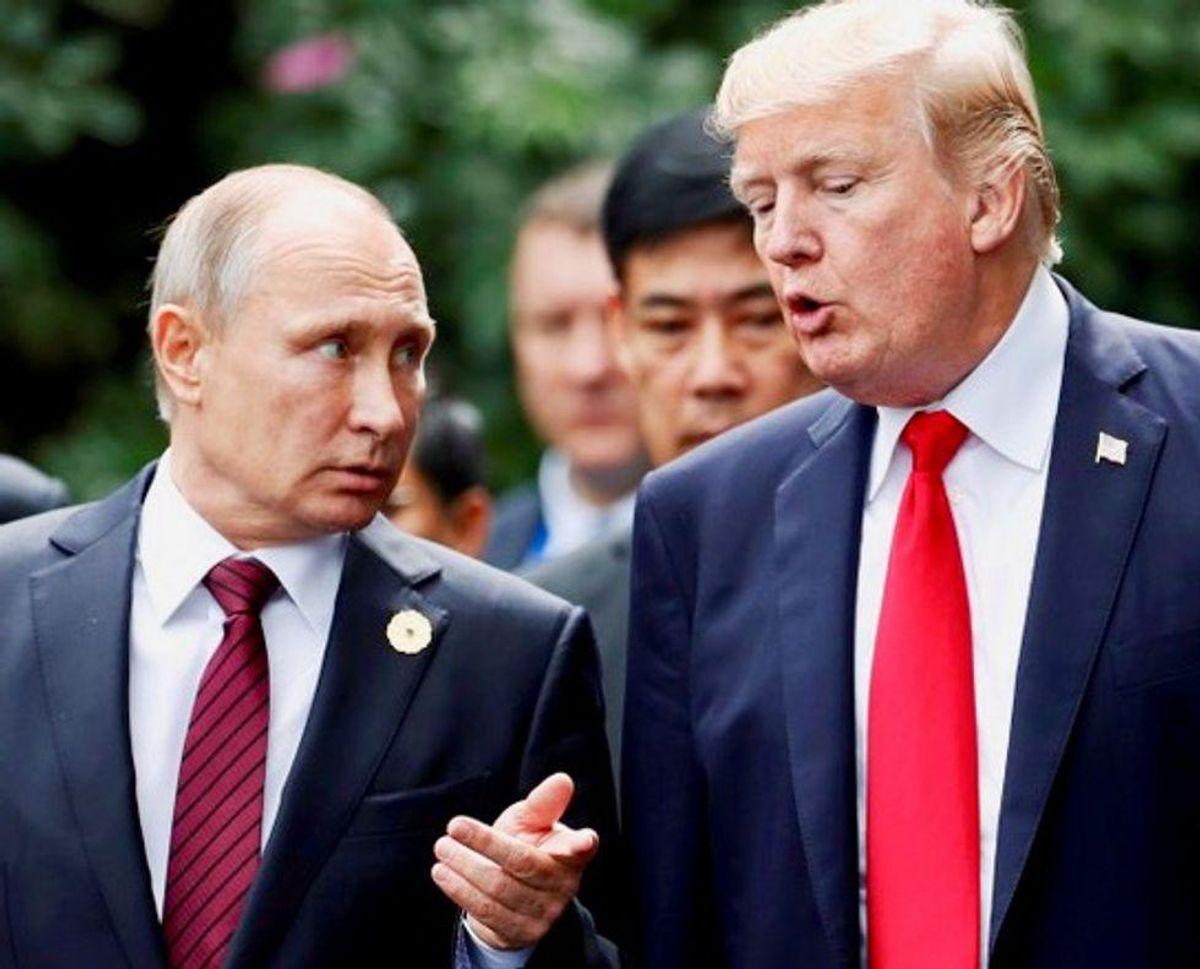 'Traitor' pro-Trump propagandist blasted for siding with Putin over Biden