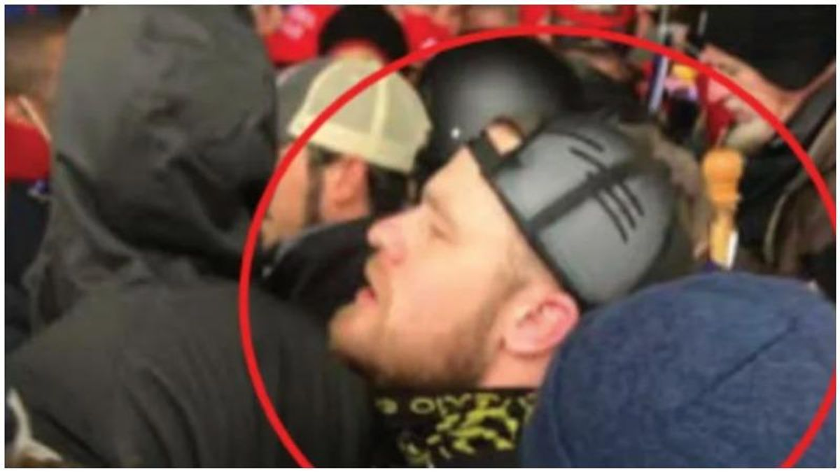 Proud Boys' de-facto leader during Capitol riot says he is struggling 'to make ends meet' after arrest