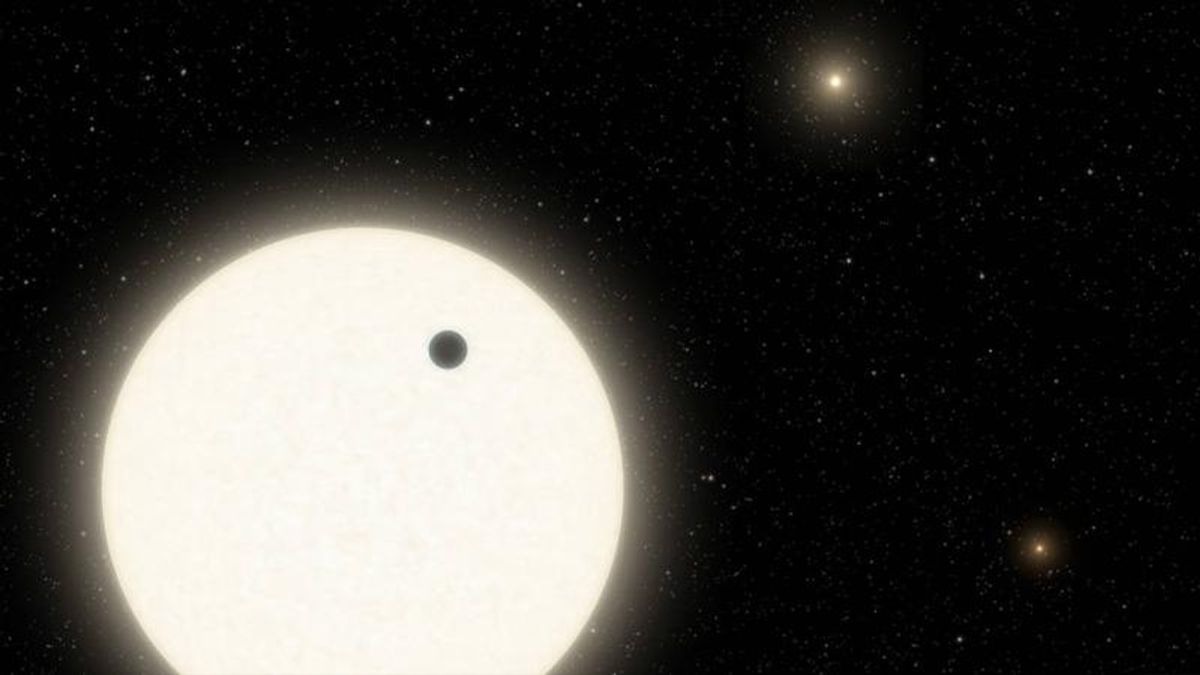 Previously thought to be science fiction, a planet in a triple-star system has been discovered