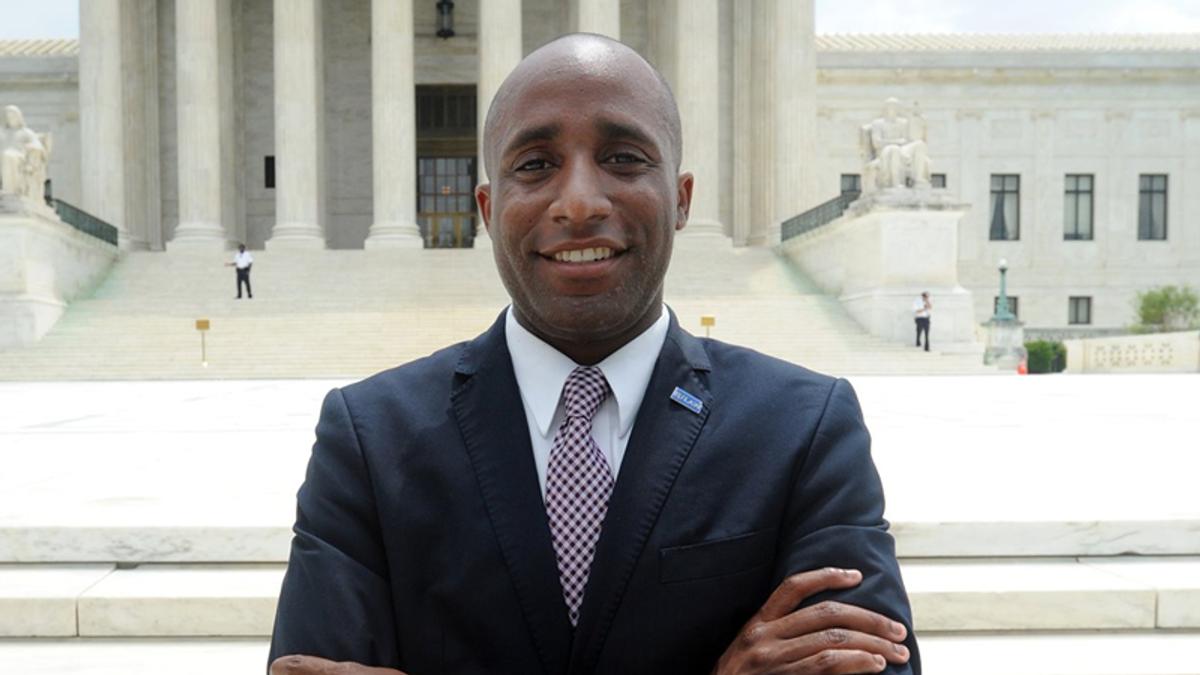Kansas City's star mayor may give Dems a shot at winning Roy Blunt's Senate seat