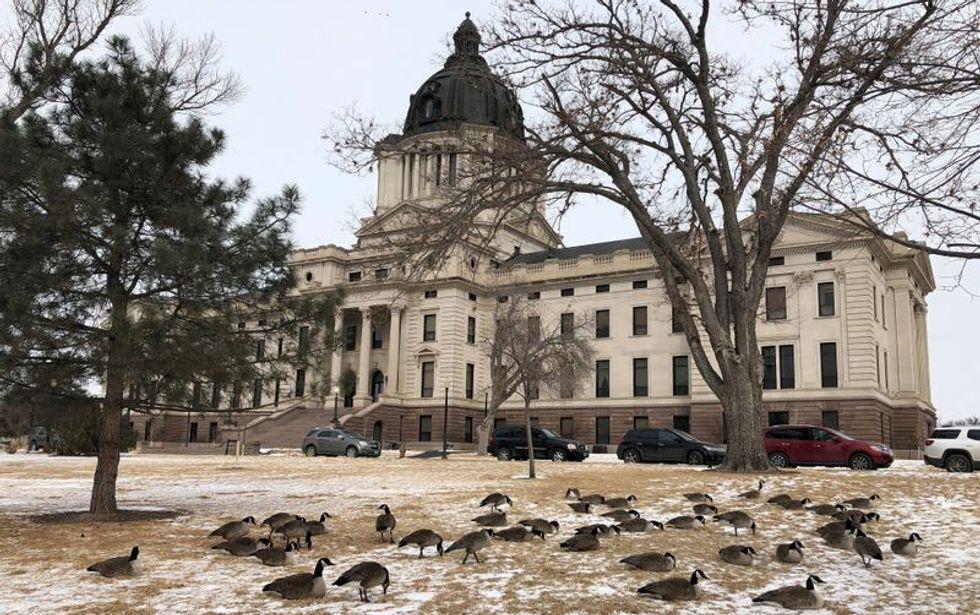 South Dakota lawmakers vote to halt impeachment against attorney general
