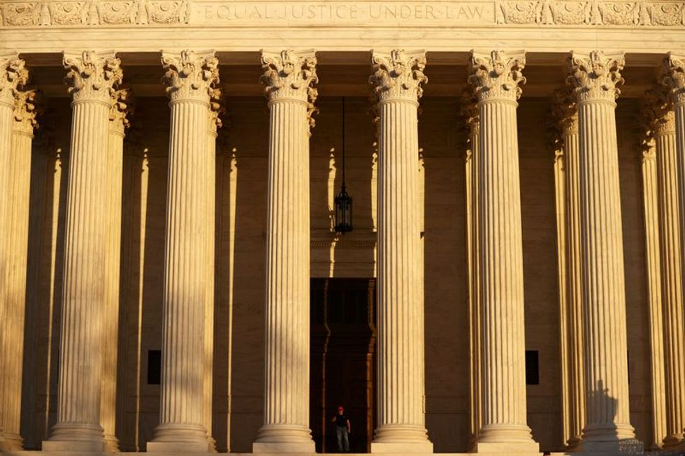 Supreme Court dismisses Trump immigration rule dispute