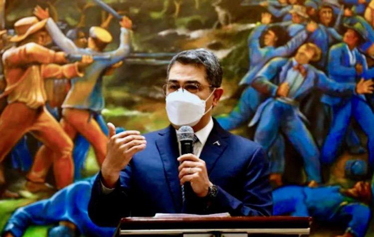 Honduran president denies drug trafficking accusations