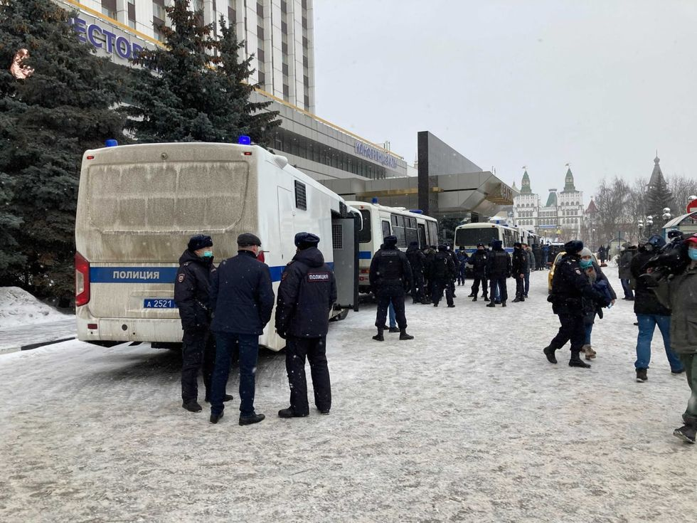 Russian forces arrest several people in raid on opposition meeting