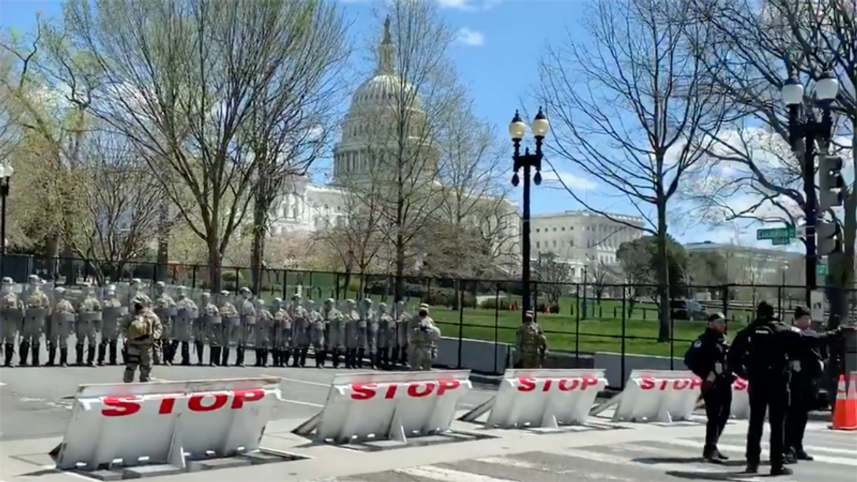 Man dead after ramming car into barricades at US Capitol: report
