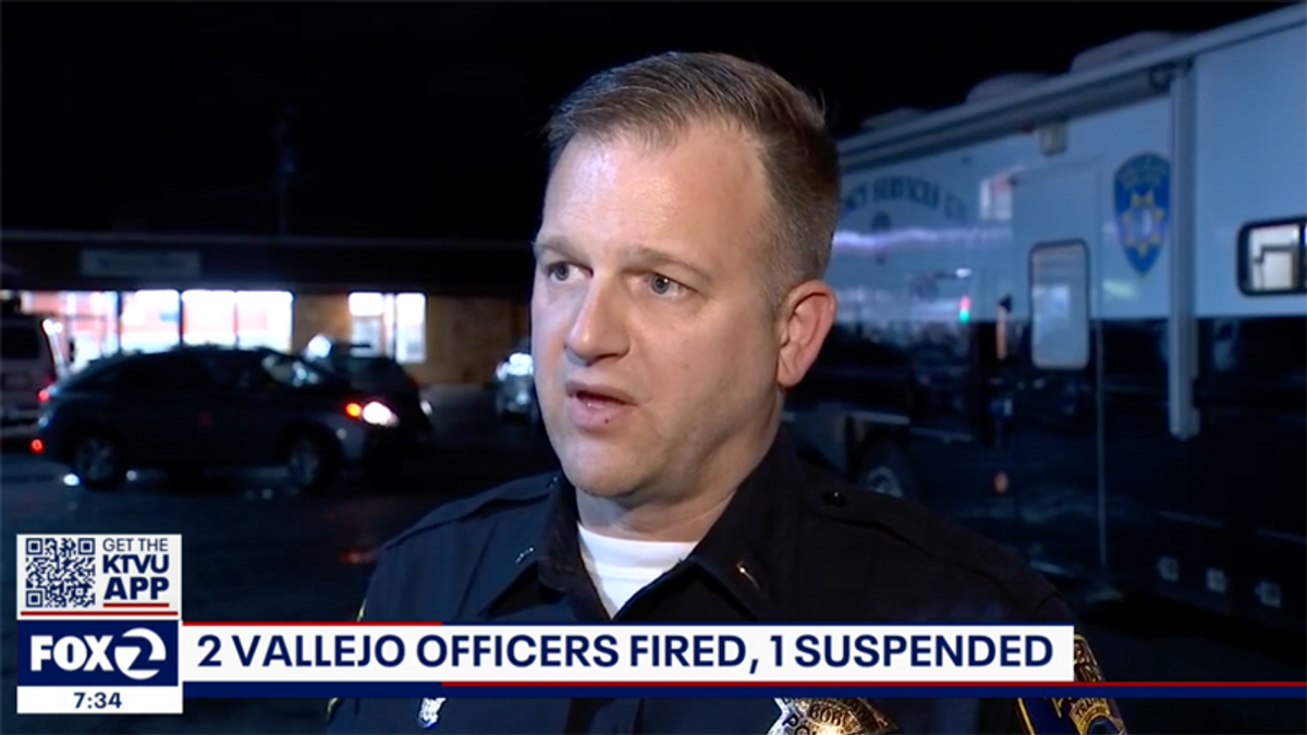 Two police lieutenants fired -- including the cop union president: report