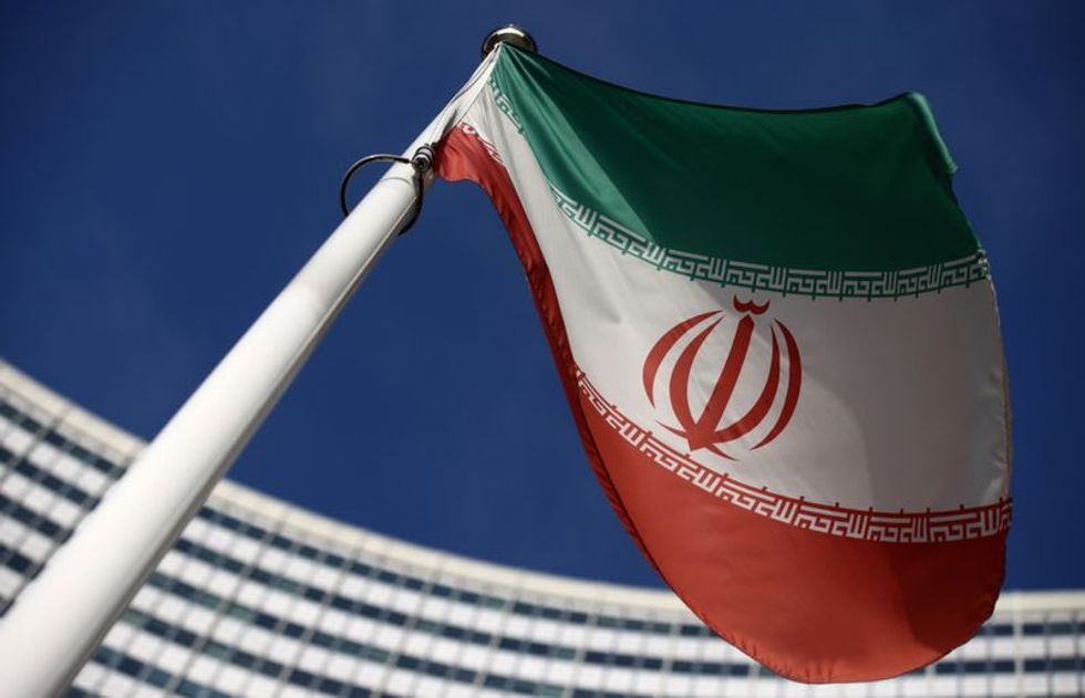 Iran rejects 'step-by-step' lifting of sanctions