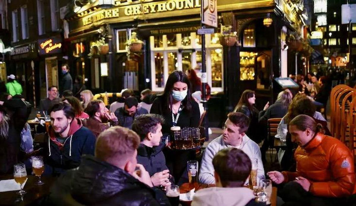 Pandemic hits 'critical point' as Europe deaths top one million