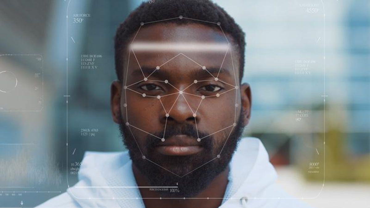 Black man wrongly arrested after false face recognition match leads to a 'shoddy' Detroit police investigation': lawsuit