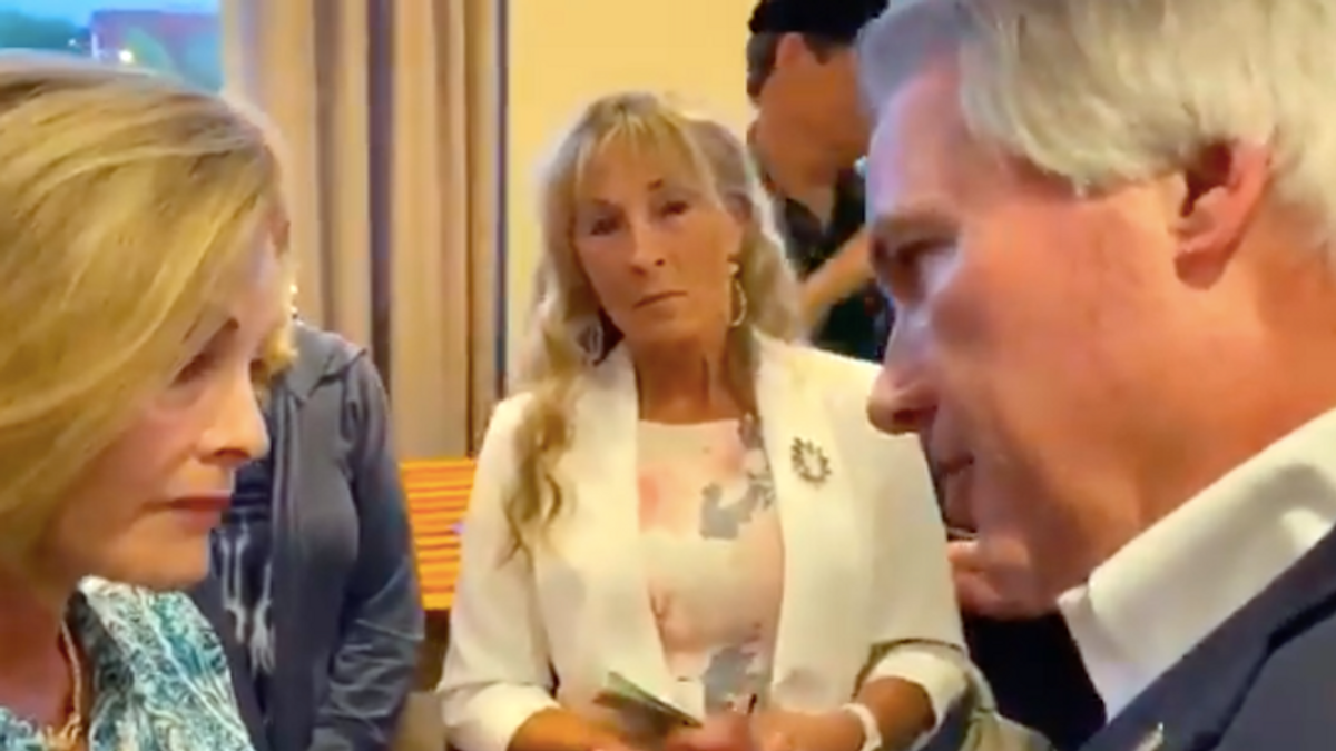 Chaos erupts at GOP meeting as Trump-loving attorney Lin Wood gets confronted for spreading election conspiracies
