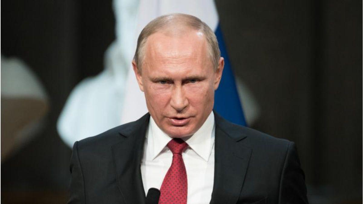 Russia blacklists Merrick Garland and Chris Wray as Putin responds to Biden: report