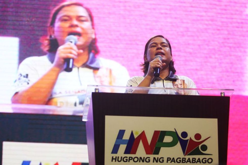Duterte's daughter stays top in poll on Philippine president candidates