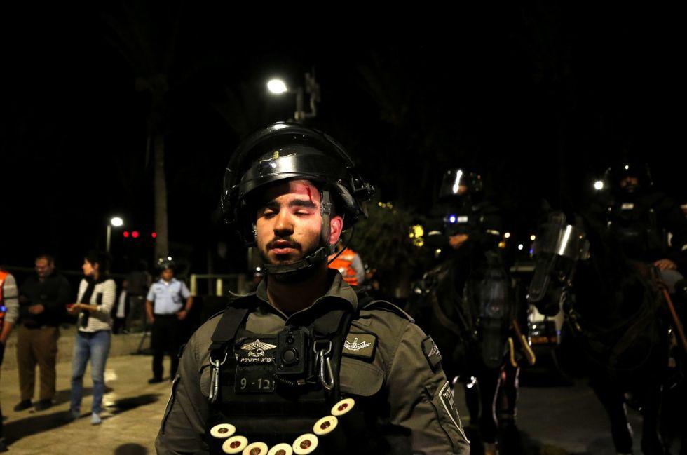 Dozens taken into custody after overnight clashes in Jerusalem