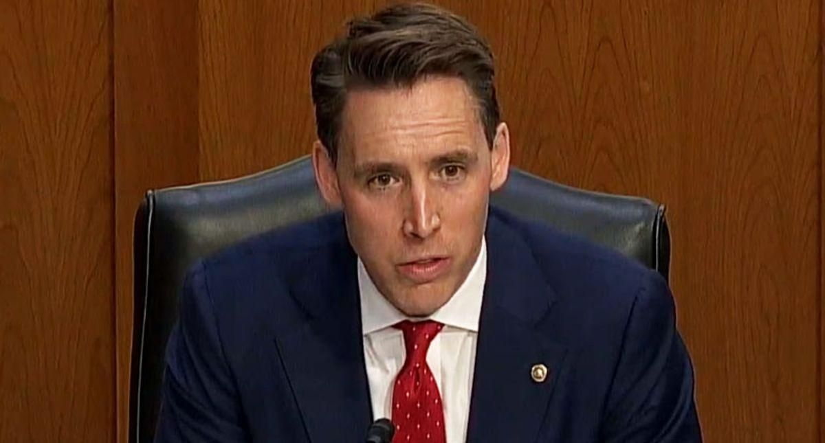 Josh Hawley's past support for the Iraq War surfaces as he rails against Biden Cabinet on foreign wars