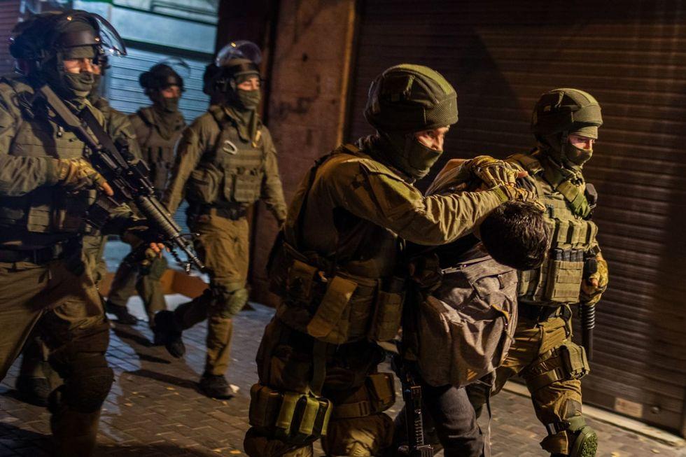 More than 200 injured in violent clashes in Jerusalem