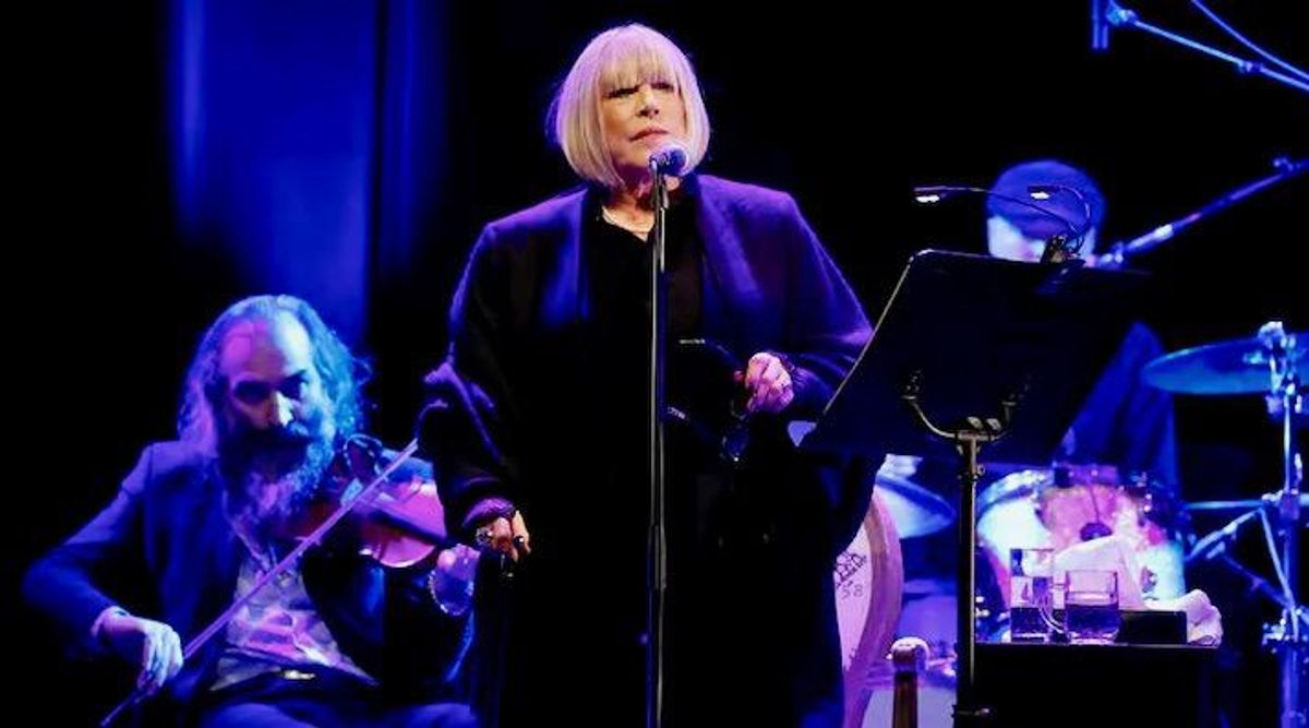 Marianne Faithfull turns to poetry as COVID robs her of song