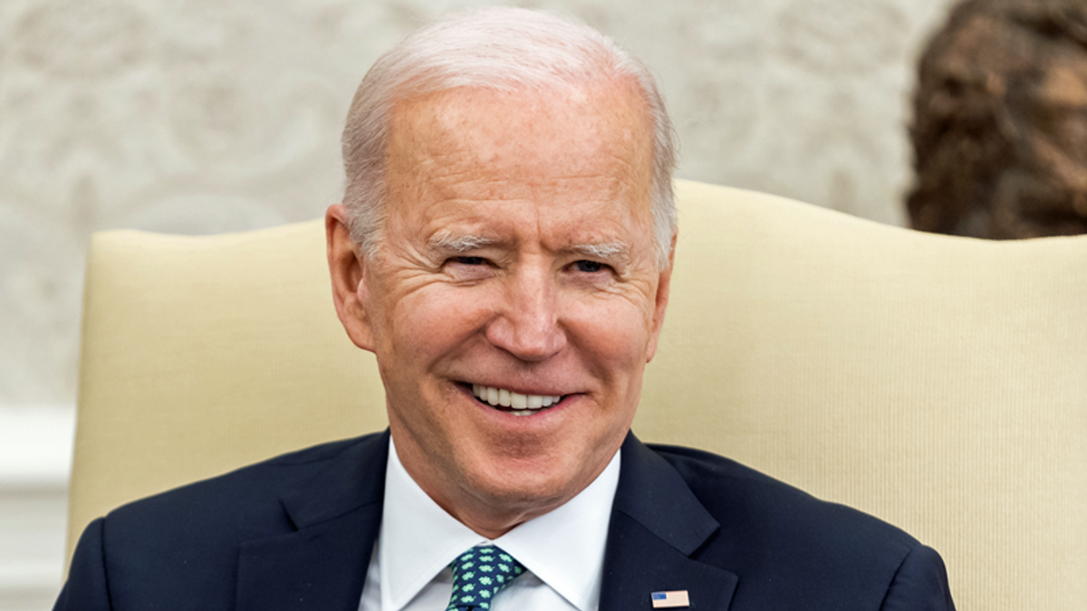 Biden admin has a message for Democrats -- 'Eating the rich is popular — so act like it': report