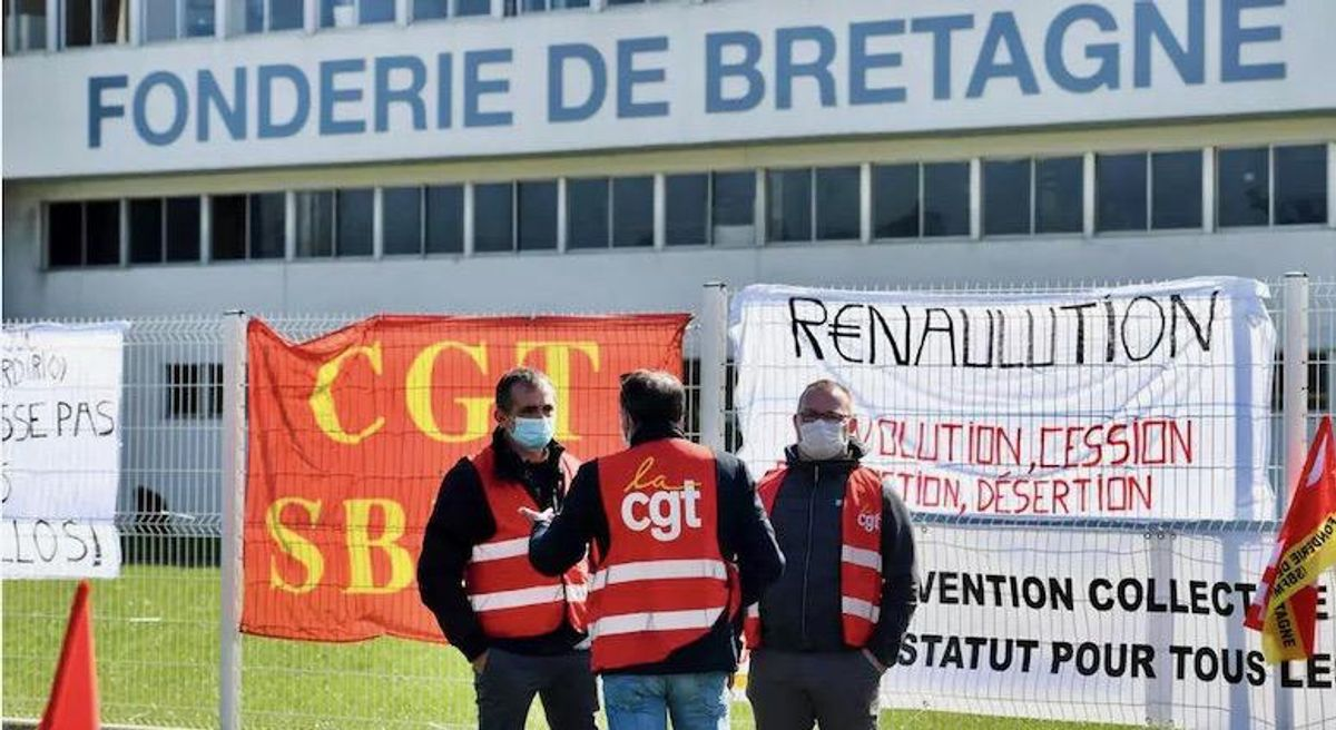 Angry Renault workers hold managers hostage to stop sale of French factory