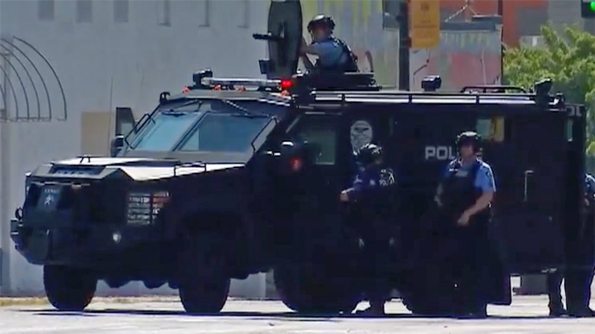 Minneapolis cops terrorize mother and child after SWAT got the wrong address: report