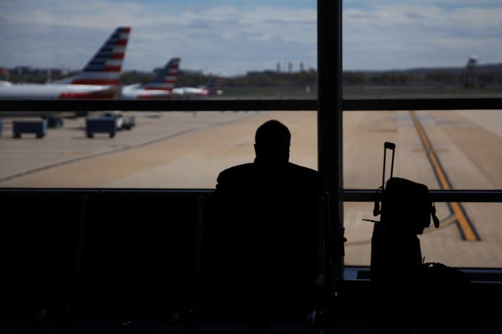 Airlines refer 1,300 unruly passengers and anti-maskers to Federal Aviation Administration: agency