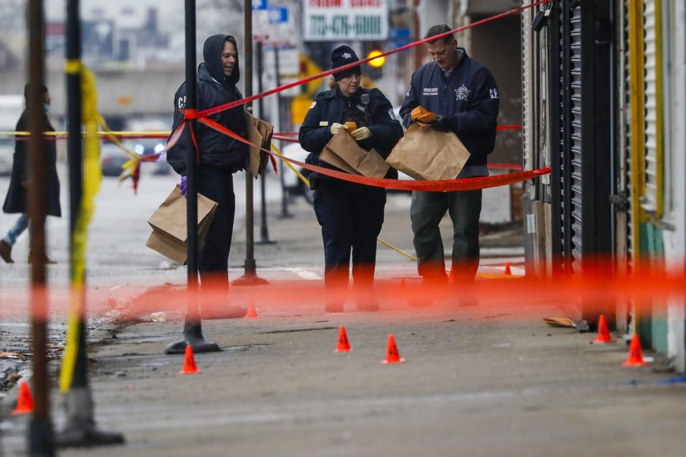 3 US Army soldiers accused of illegally selling weapons used in Chicago shootings