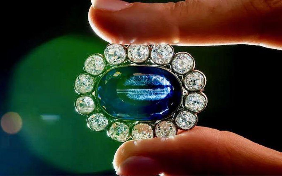 Napoleonic jewels dazzle in Geneva auction