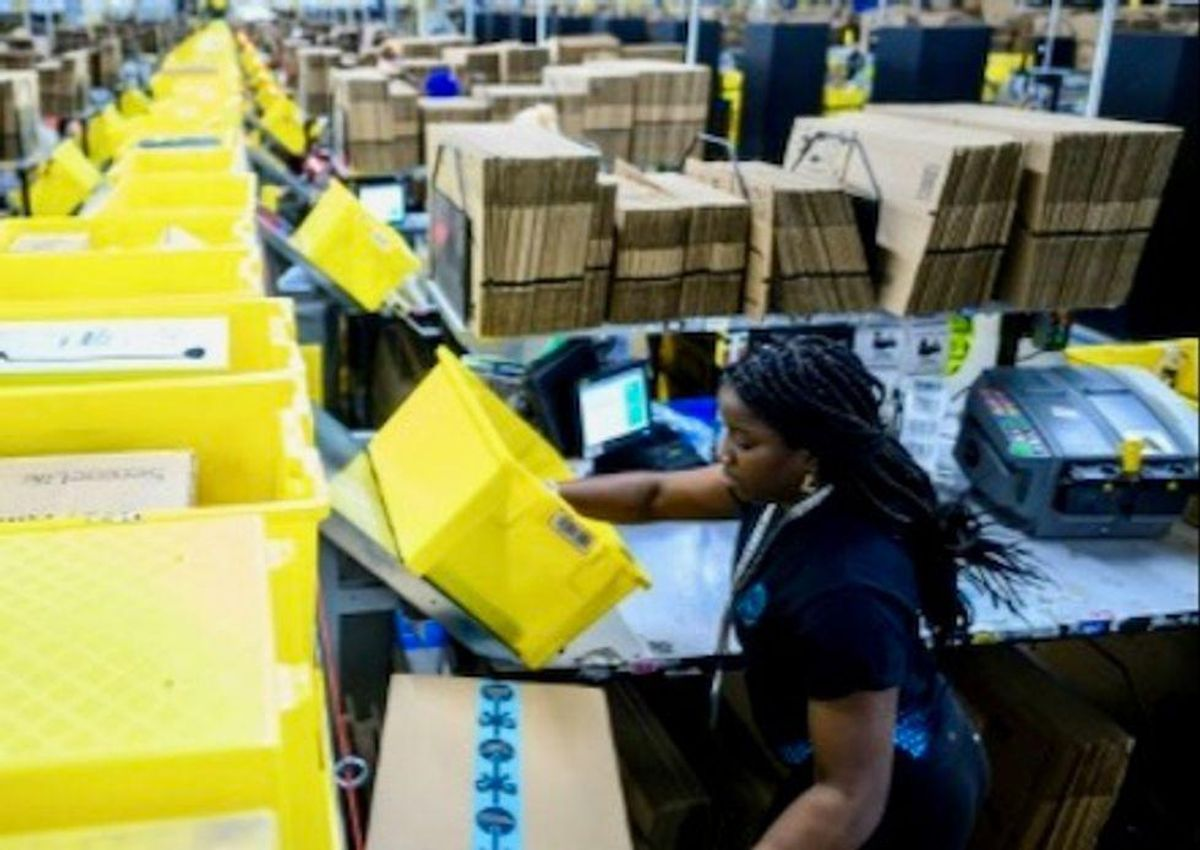 Amazon to add 75,000 jobs for logistics in North America