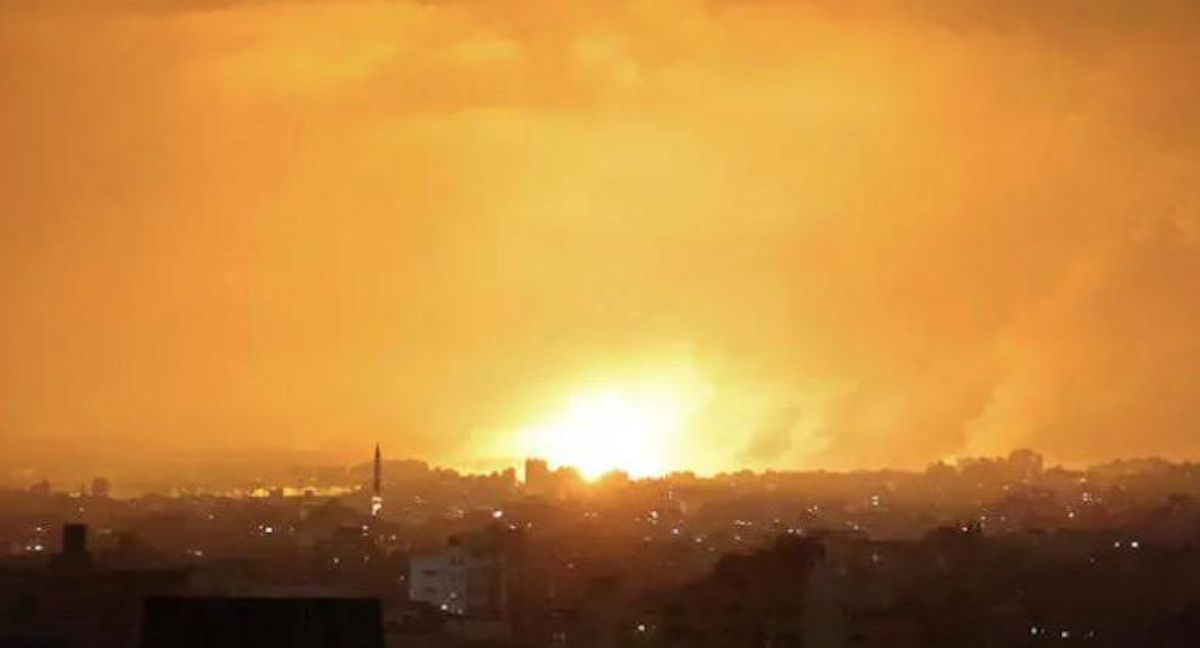 Israel pounds Gaza with air strikes, paving way for potential ground invasion