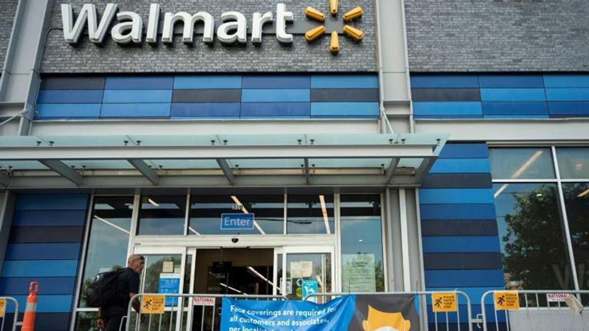 Walmart ends mask mandate — for those who are fully vaccinated