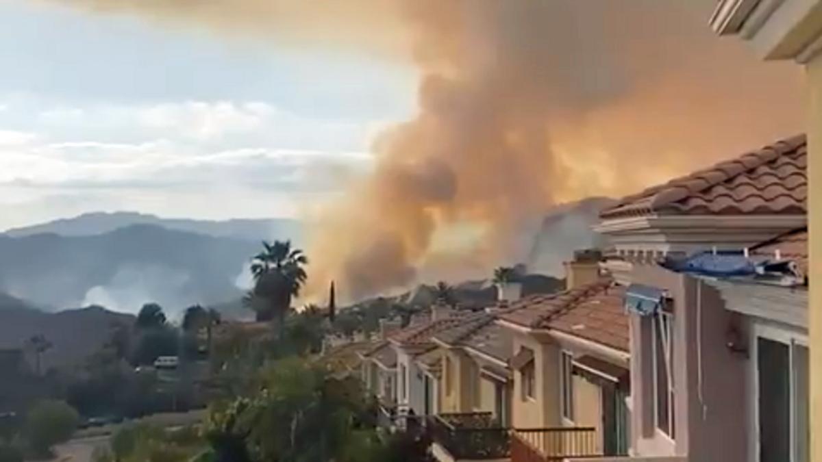 Massive fire in west LA — police search for suspected arsonist: report
